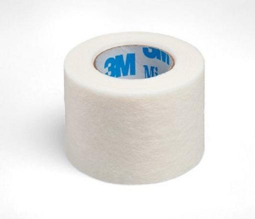 Cinta microporosa de 1¨ Micropore Color Blanco. Medida: 2.5cm x 9.14m caja con 12 piezas